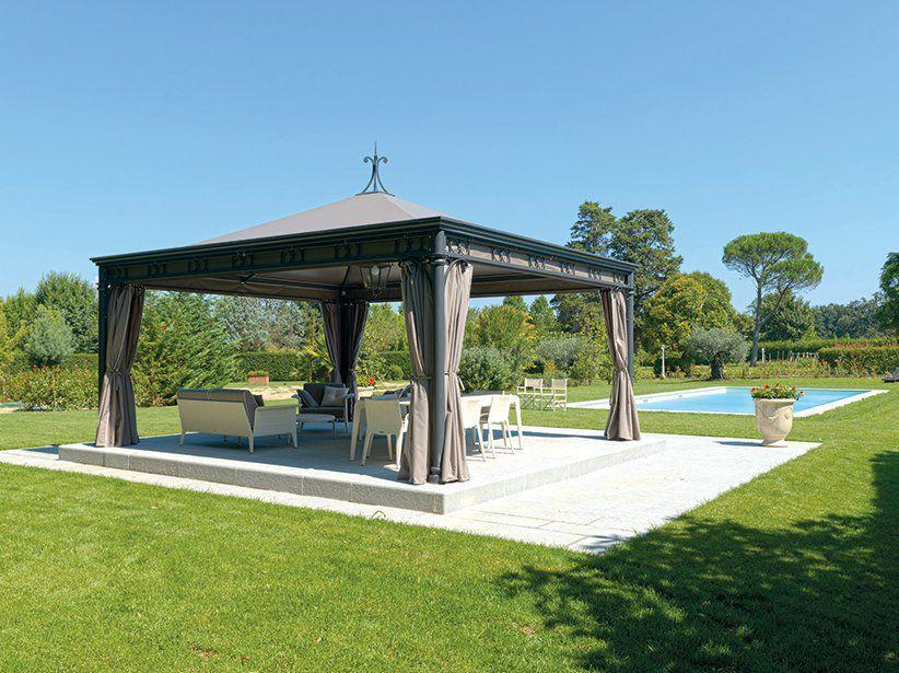 gazebo ferro in piscina